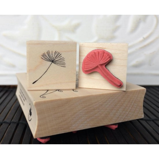Dandelion seed Rubber Stamp